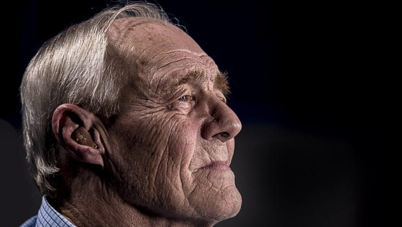דיכאון חורף אצל מבוגרים והטיפול בו